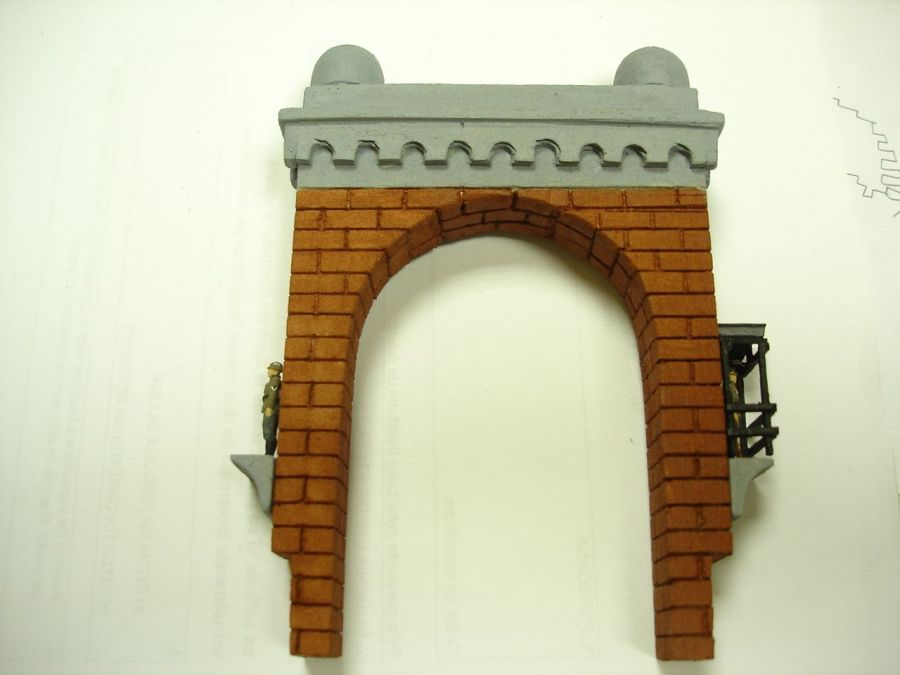 Cap De Pod Din Piatra Cu Santinela Pentru Diorame Si Machete